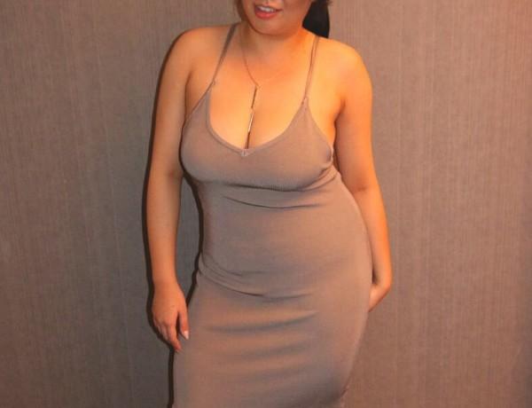 sticky bras on big boobs